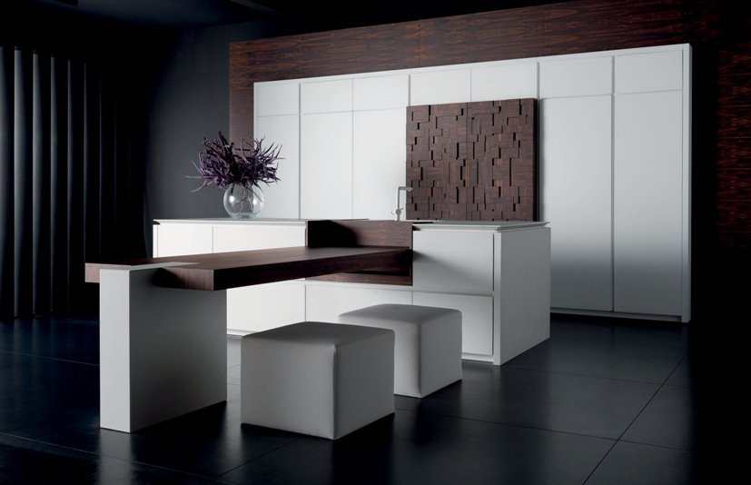 "Toncelli Cucine and its ""Tea Column"" 